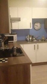 2 AMAZING ROOMS AVAILABLE IN BROMLEY - BY - BOW