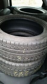 215/50 r17 Bridgestone winter tyre set of 4 for sale.