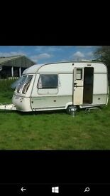 Excellent For Sale This Top Of The Range Bessacarr 550GL 4 Berth Large End Wash