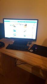 Alienware x51 i5 6600k 8 gb ram 960 GTX + 144hz Monitor