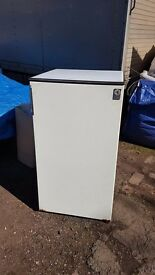 Electrolux 3.3ft tall fridge. Old but works.