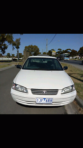 2001 white Toyota sedan Craigieburn Hume Area Preview