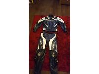 2 piece leathers richa clothing not alpinestars or agv ect track bike medium