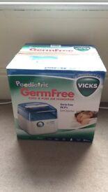 Vick's VH3900E Paediatric GermFree Humidifier
