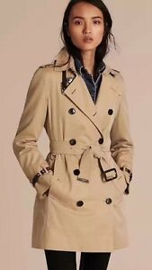 Brand new without tag Burberry trench coat size 6 West Ryde Ryde Area Preview