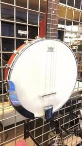 Banjo de marque Epiphone modèle mb100 en superbe condition Z010429