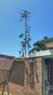 TV Antenna and long pole. Sutherland pick up
