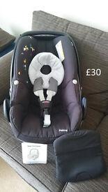 Maxi Cosi Stage 0 car seat (Confetti design)