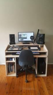 Music Production Desk RRP $1,800