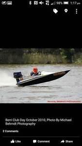 25HP Race Boat (Circuit Racing) Irymple Mildura City Preview