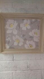 Vintage style picture frame