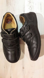Girls' school shoes size 13 Startrite leather