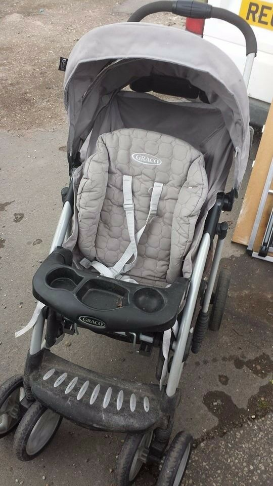 graco pushchair good condition only £10.00
