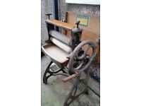 Antique mangle (cast iron).