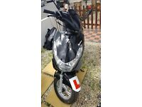 Peugeot KISBEE 100, black, learner legal moped, less than 50 miles, 2017 reg, 2 yr warranty Clacton