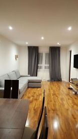 Immaculate double bedroom in Cameron toll. Short or long stay!!!