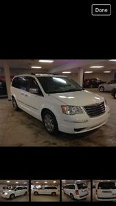2009 Chrysler town and country limited