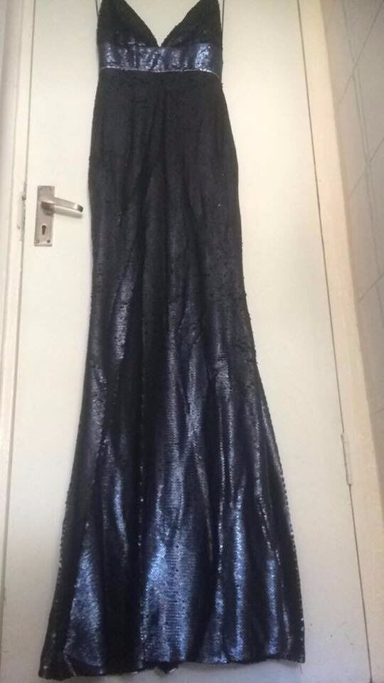 Evening Dresses size 10 1215 stunning! Party dress, ball gown New and Usedin Greenwich, LondonGumtree - BRAND NEW in bag with tags Petroleum blue, floor length, sequined, mermaid shaped dress size 10 NEW worn once Petroleum blue, floor length, sequined, mermaid shaped dress size 12 (I have 2 of these dresses) Red and black sequined dress size 12, worn...