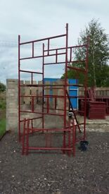 Scaffolding towers for sale ideal for builders/ home projects