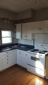 Upper Unit Very Clean 3 Bedroom, with deck OPEN HOUSE SUNDAY!