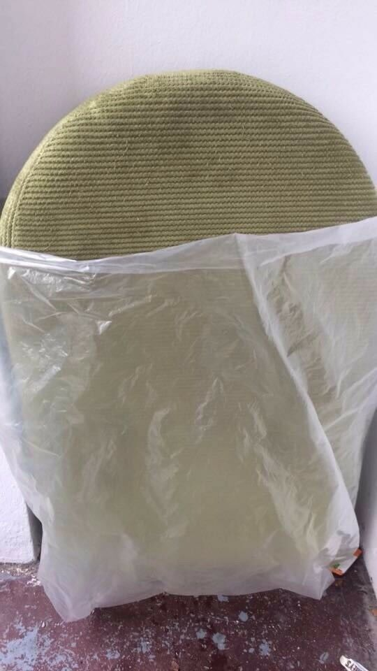 Free sofa *** need gone today ****