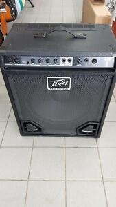 Bass amp Peavey Max 115  300w
