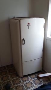 Kerosene fridge Charles Hope Manning South Perth Area Preview