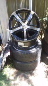 "20"" multi stud holden pre ve and ? with 2 tyres"