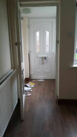 2 bedroom House for rent in warwick. back and front garden and garage