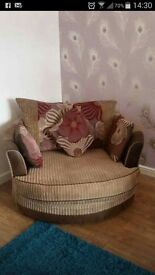 Cuddle chair and small 2 seater great condition