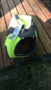Large dog life jacket Medowie Port Stephens Area Preview