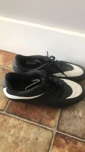 Size 4 outdoor soccer cleat