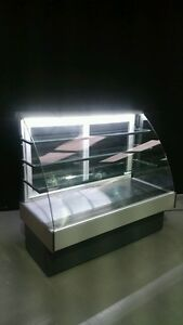 Cake Patisserie Display Cabinet 1.5m Ambient Temperature. Not Refrigerated !!!