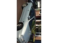 SELLING MY 2001 RENAULT MEGANE MOT UNTIL NOVEMBER BATTERY CURRENTLY FLAT BUT CHEAP AND QUICK SALE