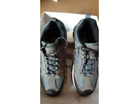 mens/womens trainers/pumps odd sizes