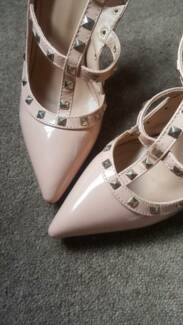 NUDE STUDDED, STRAPPY HEELS - LIKE NEW CONDITION