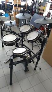 TD-9 Roland Drum électroniC usagé BATTERIE ÉLECTRONIQUE