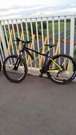 """Voodoo Bantu men's hardtail mountain bike 18"""" frame"""