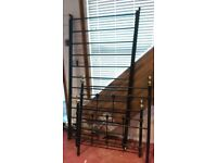 Wrought iron single bed good condition