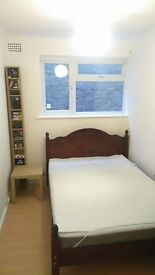 single room in east acton 2 zone