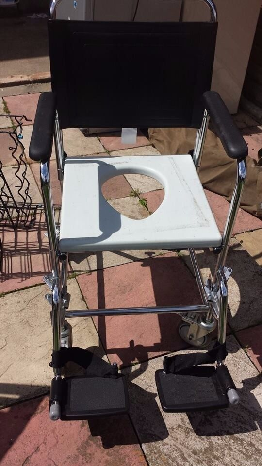 shower chair good condition only £10.00