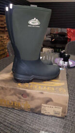 Grub boots - all brand new in boxes
