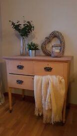 Edwardian oak chest of drawers/dresser