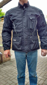 RST Motorcycle Jacket, XL..Absoultely immaculate. Seperate thermal liner.