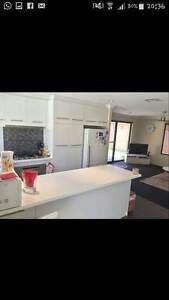 Sharing accomodation 1 Bedroom in 3 BR home available Forrestdale Armadale Area Preview