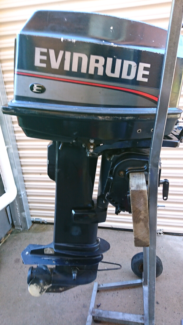 25-30hp Johnson evinrude outboard boat motor