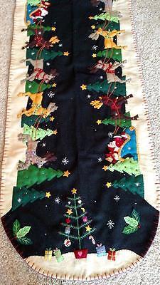 "46"" Handmade Wool Sweet-talk Embroidered SANTA & Reindeer CHRISTMAS TABLE Racer"