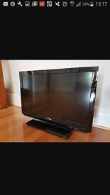 Toshiba TV with remote control 32 inch LCD Screen with free view. Bought brand new in the box