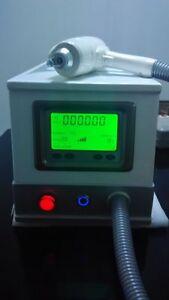 Professional Q Switch Nd Yag Laser 1000J Eyebrow Tattoo Removal machine