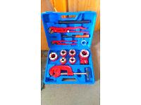Pipe Threading Threader Ratchet Iron Stainless Cutting Tool Kit 3/8-1/1/4